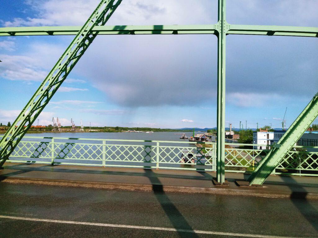 Most w miejscowości Komarno