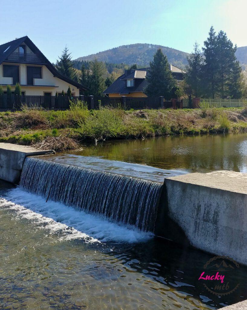 wodospad na rzece brennica