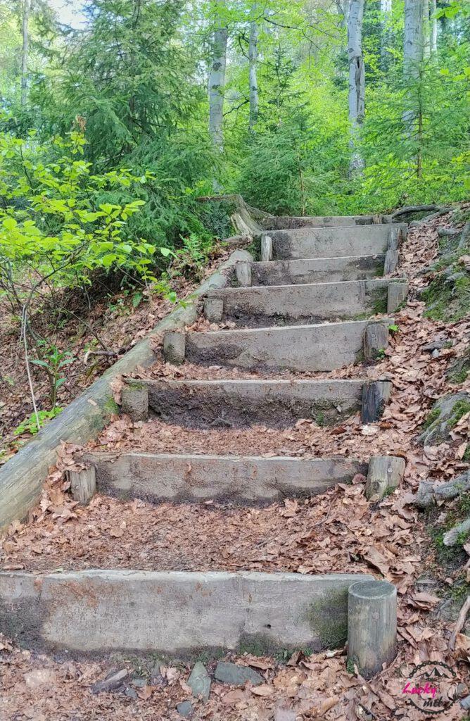 schody na szlaku