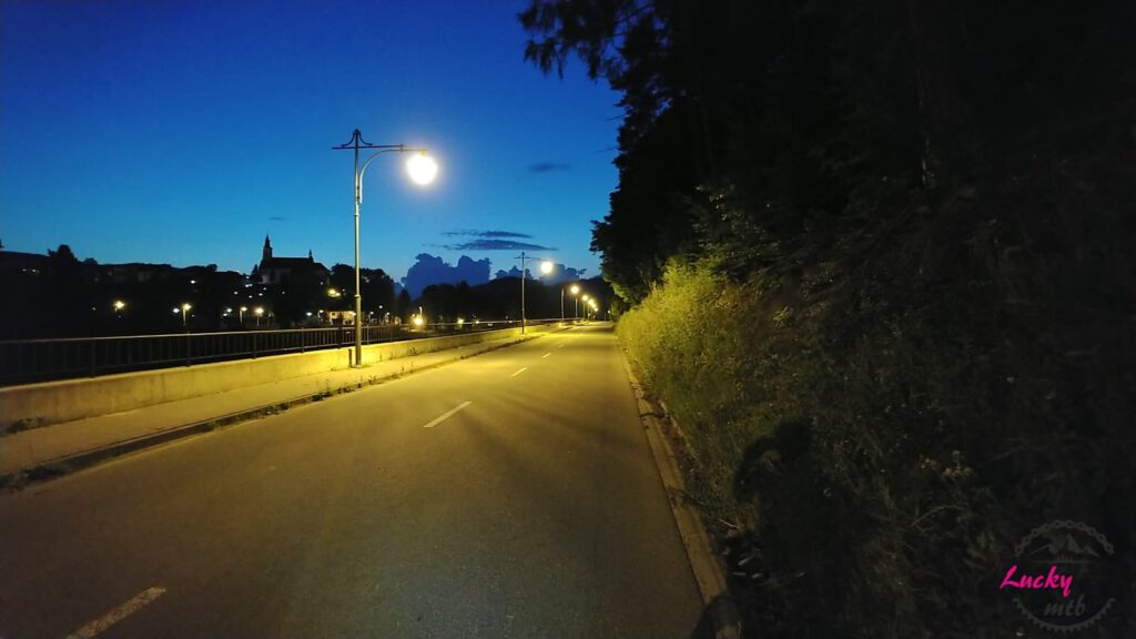 droga nocą