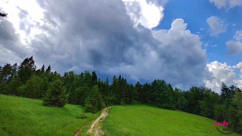 chmury burzowe