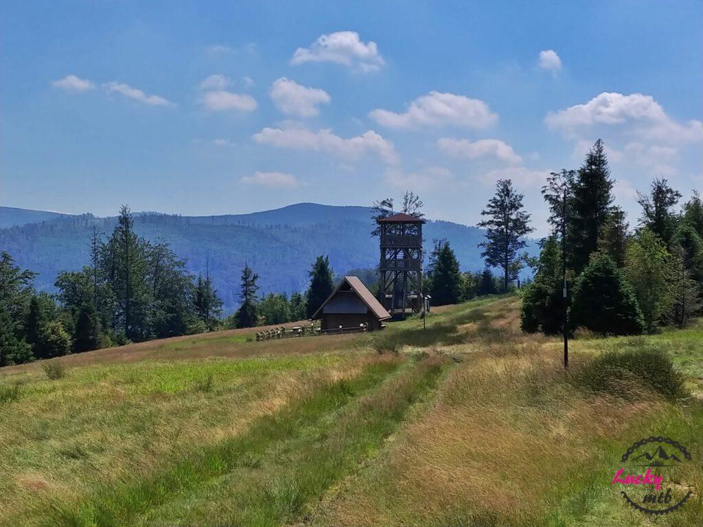 wieża widokowa w górach